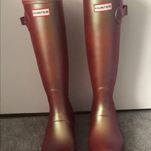 Iridescent Hunter Rain Boots, womens 9 never worn